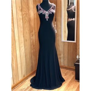 Formal Gown/ Pageant Dress/ Prom Dress